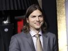 Kutcher e Demi Moore mantêm contato após ela deixar rehab