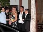 Após prêmio, Luciano Huck, Ronaldo e Ronaldinho jantam em São Paulo