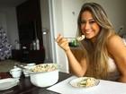 Mayra Cardi ensina a fazer salpicão e rabanada para as festas de fim de ano
