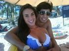 Nicole Bahls curte folga com namorado em Salvador