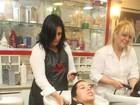 Mesmo grávida, Priscila Pires muda o visual e faz mechas no cabelo