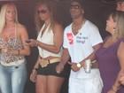 Cheio de gás: Ronaldinho Gaúcho curte show de axé após noitada