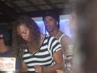 Ronaldinho Gaúcho curte férias na Bahia cercado de belas mulheres