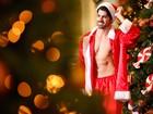 Presentão: Ex-BBB Rodrigão mostra lado sensual em clima natalino