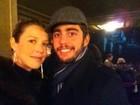 Luana Piovani e Scooby enfrentam o frio para ir ao teatro em Nova York