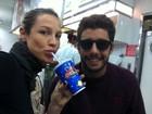 Desejo de grávida? Luana Piovani posta foto tomando milkshake