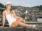 Taty Princesa posa para o EGO na Rocinha, no Rio