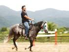 Raphael Viana posa para o EGO no estilo cowboy