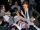 Zac Efron faz a alegria das japonesas em pré-estreia de filme em Tóquio