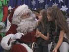 Ator se veste de Papai Noel e faz a alegria das crianças. Reconhece?