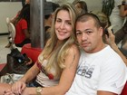 Namorado proíbe Joana Machado de falar com as amigas, diz jornal