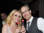 Britney Spears é fotografada pela primeira vez com seu anel de noivado