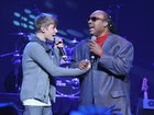 Justin Bieber e Stevie Wonder cantam juntos em Los Angeles