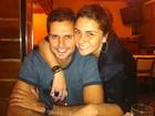 Giovanna Antonelli vai a churrascaria com o marido e mostra salto alto
