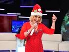 Hebe grava programa vestida de Mamãe Noel