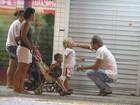 Thiago Lacerda leva o filho a sorveteria