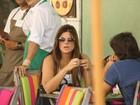 Cristiana Oliveira almoça com amigo