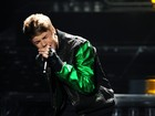 Justin Bieber canta na final do 'The X Factor' nos Estados Unidos