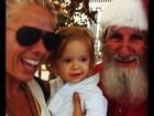 Adriane Galisteu leva o filho Vittorio para ver Papai Noel