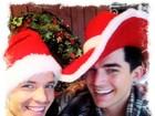 Após briga e prisão, Adam Lambert e o namorado passam o natal juntos