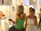 Valesca Popozuda passeia em shopping com 'look minimalista'