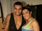 Namorada e tiete! Moranguinho vai a show de Naldo no Rio