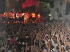 Preta Gil canta para 5 mil pessoas na Mangueira: 'É uma conquista'