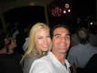 Ex-BBB Ralf passa réveillon na Austrália e comemora com namorada