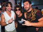 Após se separar de Talula, Rodrigo curte festa com Maumau e Cristiano