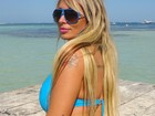 De férias em Cancún, Sabrina Boing-Boing desfila bíquinis