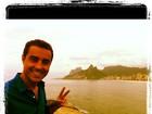 Ricardo Pereira posa com vista para o mar