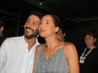 Camila Pitanga e Marcos Palmeira vão ao teatro no Rio