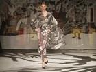 Desfile da grife de Victor Dzenk encerra Fashion Business