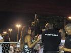 Rainha de bateria da Mangueira é barrada na Sapucaí: 'Muito chato'