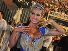 Gracyanne Barbosa arranca suspiros com decote: 'A galera merece'