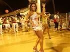 Tímida, Mayra Cardi estreia no carnaval: 'Até sexo eu faço no breu'