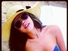 Quanto calor! Giovanna Lancellotti posta fotos de biquíni tomara que caia
