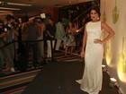 Ju Paes vai a coletiva com vestido sexy: 'Meu corpão não é de graça'