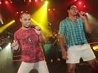 Xanddy usa short curto em ensaio do Harmonia do Samba