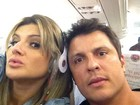Mirella Santos tira foto juntinho de Ceará dentro de avião