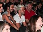 Bruno Gagliasso e Paola Oliveira prestigiam seus amores no teatro