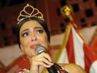 Juliana Paes se emociona com homenagem na quadra da Viradouro