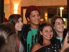 Antes de fazer show, Bruno Mars dá uma de turista em Florianópolis