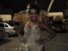 Toda de prateado, Quitéria Chagas ensaia com a Vila Maria