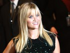 Reese Witherspoon diz que usa franja para esconder cicatriz