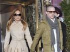 Jennifer Lopez circula de mãos dadas com o namorado em Nova York