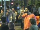 Eriberto Leão curte noite bebendo chopp com amigos