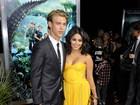Vanessa Hudgens vai com o namorado a première nos EUA