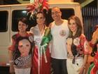 Ana Furtado vai com mãe e irmã a ensaio técnico no Rio de Janeiro
