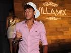 Em boate lotada de mulheres, Neymar comemora aniversário